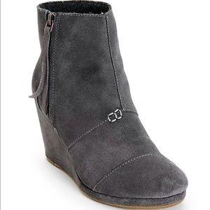 TOMS Desert Boot Wedge Heel Ankle Bootie Dark Gray